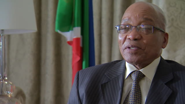 jacob zuma talking about nelson mandela's age on a visit to london - politics icon stock videos & royalty-free footage