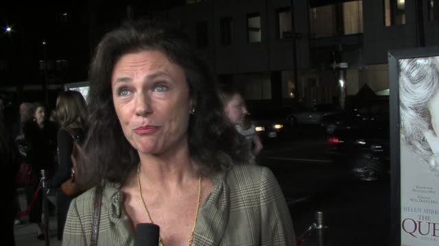vidéos et rushes de jacqueline bisset on working, on her upcoming film carolina moon, the character she plays, and working with oliver hudson at the the queen los... - academy of motion picture arts and sciences
