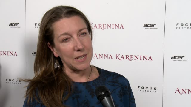 jacqueline durran on working with joe wright and keira knightley and on the dresses and costumes at anna karenina premiere presented by focus... - ジョーライト点の映像素材/bロール