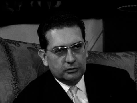 vidéos et rushes de jacques soustelle interviewed on algerian situation; england: london: house of french ambassador: int jacques soustelle interview sot - on... - algerie
