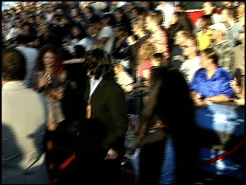 jada pinkett at the 1999 mtv movie awards entrances at barker hanger in santa monica california on june 5 1999 - mtv movie & tv awards stock videos & royalty-free footage