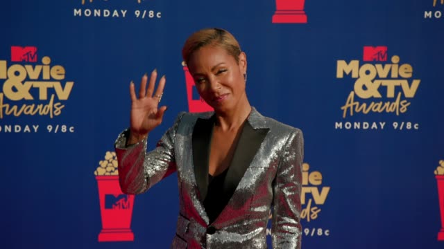 jada pinkett smith at the 2019 mtv movie tv awards at barkar hangar on june 15 2019 in santa monica california - mtv movie & tv awards stock videos & royalty-free footage