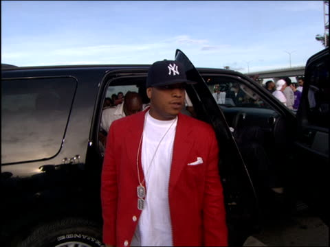 Jadakiss Arriving at the 2005 MTV Video Music Awards red carpet