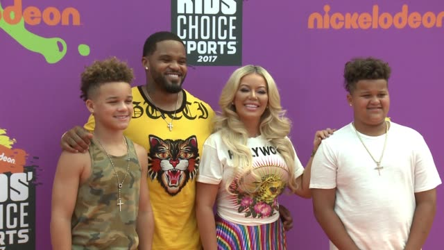 jadyn fielder, prince fielder, chanel fielder, and haven fielder at the nickelodeon kids' choice sports awards 2017 at ucla's pauley pavilion on july... - fielder stock videos & royalty-free footage