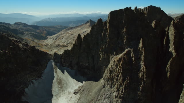 jagged minarets and glacier in sierra nevadas - wilderness stock videos and b-roll footage