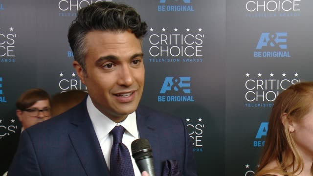 jaime camil on being at the event at the 2015 critics' choice television awards at the beverly hilton hotel on may 31, 2015 in beverly hills,... - 放送テレビ批評家協会賞点の映像素材/bロール