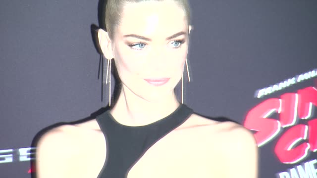 Jaime King at Sin City A Dame To Kill For Los Angeles Premiere at TCL Chinese Theatre on August 19 2014 in Hollywood California