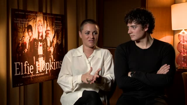 jaime winstone on working with her father ray winstone at elfie hopkins interviews on april 12 2012 in london england - ray winstone stock videos & royalty-free footage