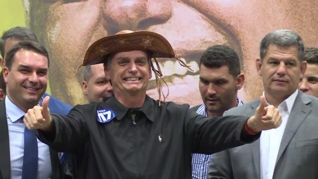 jair bolsonaro asumira el 1º de enero la presidencia de brasil con la promesa de dar un giro resuelto a la derecha en el mayor pais de america latina... - delante de stock videos and b-roll footage