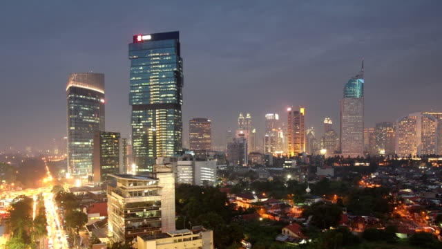 vídeos de stock e filmes b-roll de jakarta time lapse do recipiente - indonesia