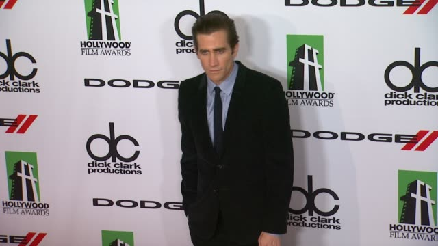 jake gyllenhaal at 17th annual hollywood film awards gala on october 21 2013 in beverly hills california - jake gyllenhaal stock videos & royalty-free footage