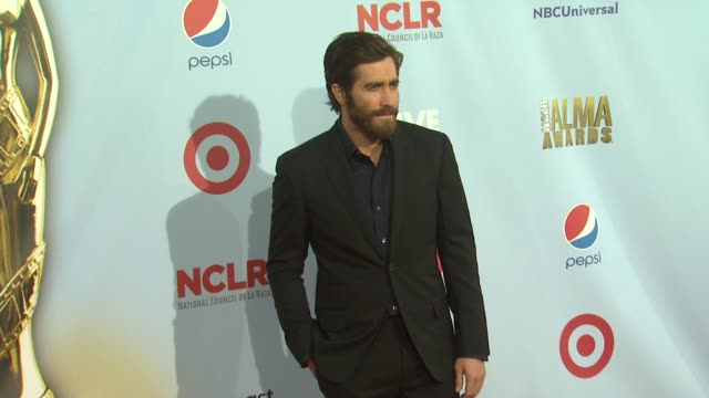 jake gyllenhaal at 2012 nclr alma awards arrivals on 9/16/2012 in pasadena ca - jake gyllenhaal stock videos & royalty-free footage