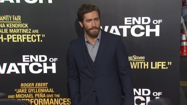 jake gyllenhaal at end of watch los angeles premiere on 9/17/2012 in pasadena ca - jake gyllenhaal stock videos & royalty-free footage