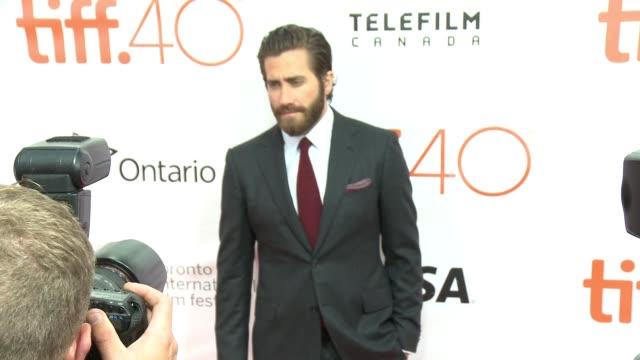 jake gyllenhaal at roy thomson hall on september 10 2015 in toronto canada - jake gyllenhaal stock videos & royalty-free footage