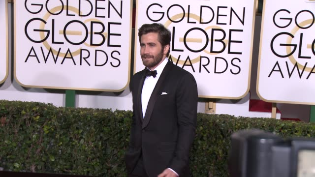 jake gyllenhaal at the 72nd annual golden globe awards arrivals at the beverly hilton hotel on january 11 2015 in beverly hills california - jake gyllenhaal stock videos & royalty-free footage