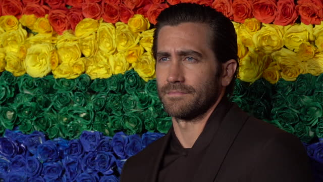 jake gyllenhaal at the 73rd annual tony awards arrivals at radio city music hall on june 09 2019 in new york city - jake gyllenhaal stock videos & royalty-free footage