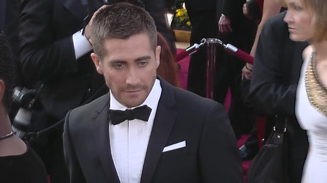 jake gyllenhaal at the 82nd annual academy awards arrivals part 2 at los angeles ca - jake gyllenhaal stock videos & royalty-free footage