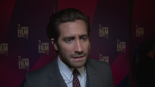 jake gyllenhaal on on the resilience of human beings regardless of their location at picturehouse central on october 05 2017 in london england - jake gyllenhaal stock videos & royalty-free footage