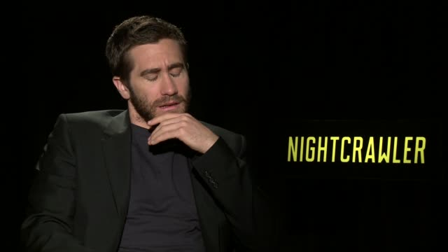 interview jake gyllenhaal on preparing for the role his character and the message of the film at 'nightcrawler' los angeles press day at four seasons... - jake gyllenhaal stock videos & royalty-free footage