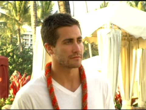 Jake Gyllenhaal photo shoot prior to his receiving the Shining Star Award at the 2005 Maui Film Festival Tribute to Jake Gyllenhaal at Marriott...