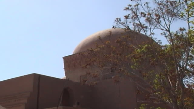 jameh mosque exterior view of the dome of the 12th century jameh mosque the mosque is a fine specimen of the azari style of architecture - circa 12th century stock videos & royalty-free footage