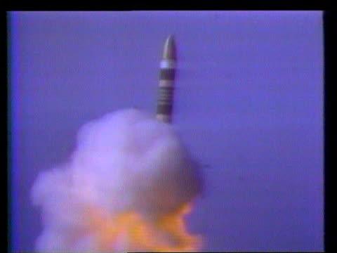 james baker visits mikhail gorbachev and boris yeltsin itn lib lms missile launched - ミサイル点の映像素材/bロール