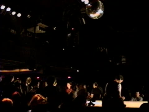 / james bond themed fashion show at studio 54, people waiting for the show to begin. - fashion show stock videos & royalty-free footage