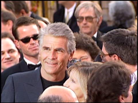 james brolin at the 1997 academy awards arrivals at the shrine auditorium in los angeles, california on march 24, 1997. - oscarsgalan 1997 bildbanksvideor och videomaterial från bakom kulisserna