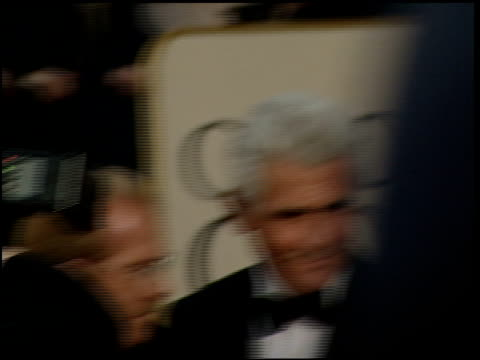 stockvideo's en b-roll-footage met james brolin at the 2000 golden globe awards at the beverly hilton in beverly hills, california on january 23, 2000. - james brolin
