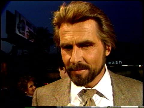 stockvideo's en b-roll-footage met james brolin at the 'night mother' premiere at dga in los angeles, california on september 9, 1986. - james brolin