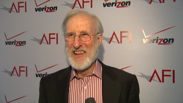 vídeos y material grabado en eventos de stock de james cromwell on afi and the luncheon how afi celebrates filmmakers and artists and on working on a silent black and white film at afi awards 2012... - instituto cinematográfico americano