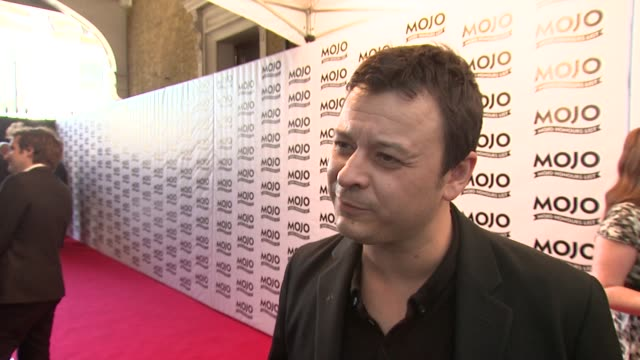 james dean bradfield on how maverick the band was/is at the the mojo honours list 2009 at london england. - manic street preachers stock videos & royalty-free footage