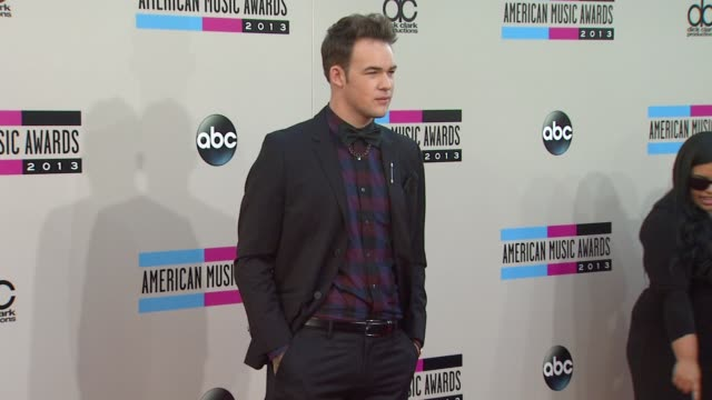 james durbin arrives at the 2013 american music awards arrivals - 2013 american music awards stock videos & royalty-free footage