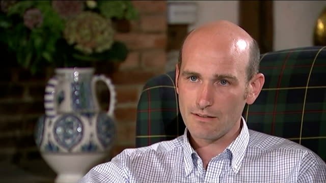 stockvideo's en b-roll-footage met hunt for killer france int nicolas henin sitting with itn reporter nicolas henin interview sot when i watched the video i recognised him he was... - onthoofd