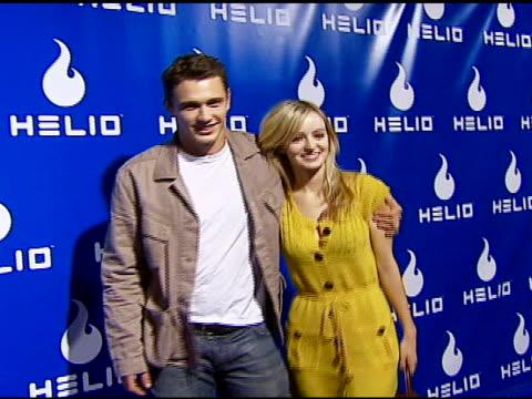 vídeos y material grabado en eventos de stock de james franco and guest at the helio drift launch on november 13, 2006. - helio