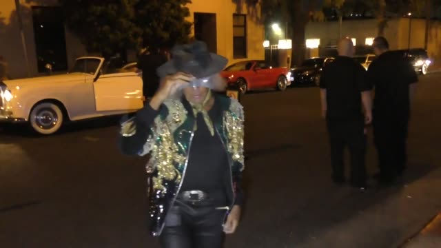 vídeos y material grabado en eventos de stock de james goldstein outside the billie eilish halloween party at kimpton la peer hotel in west hollywood at celebrity sightings in los angeles on october... - billie eilish
