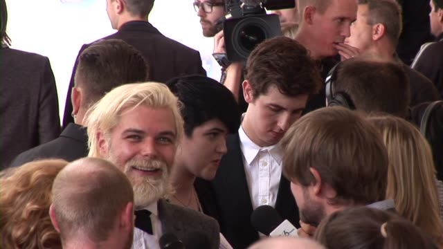 james johnston, simon neil, ben johnston of biffy clyro, oliver sim, romy madley croft and jamie smith of the xx at the barclaycard mercury prize... - croft stock videos & royalty-free footage