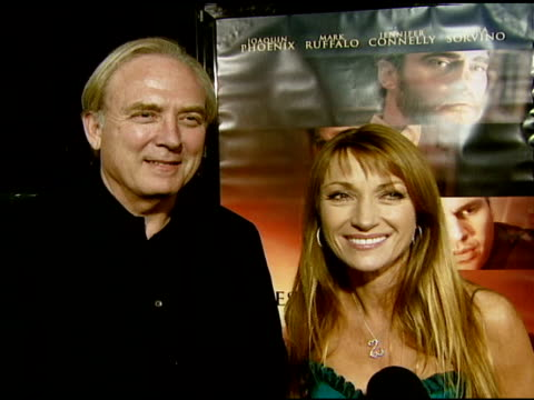 vidéos et rushes de james keach and jane seymour on supporting joaquin phoenix, and on working with him in 'walk the line' at the 'reservation road' los angeles premiere... - academy of motion picture arts and sciences