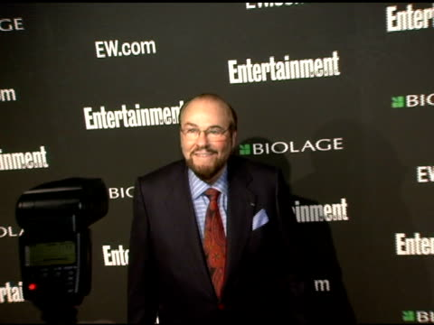 james lipton at the entertainment weekly's viewing party for 2006 academy awards at elaine's in new york, new york on march 5, 2006. - エンターテインメント・ウィークリー点の映像素材/bロール
