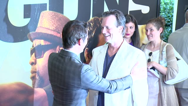james marsden and bill paxton at 2 guns new york premiere on june 29 2013 at the sva theater new york new york - oberhemd stock-videos und b-roll-filmmaterial