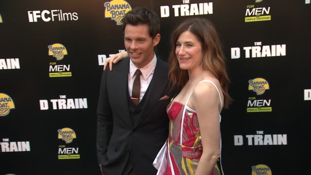 vídeos de stock, filmes e b-roll de james marsden and kathryn hahn at the d train los angeles premiere at arclight cinemas on april 27 2015 in hollywood california - arclight cinemas hollywood
