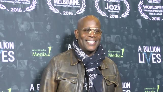 james moses black at the premiere of award-winning documentary 'a billion lives' on october 26, 2016 in hollywood, california. - ドキュメンタリー映画点の映像素材/bロール