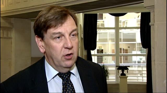 stockvideo's en b-roll-footage met james murdoch resigns as news international chairman; john whittingdale mp interview sot - voorzitter