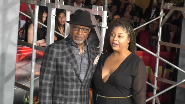 james pickens jr at dolby theatre on march 08 2017 in hollywood california - キングコング 髑髏島の巨神点の映像素材/bロール