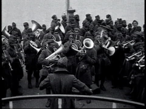 vidéos et rushes de james reese europe's army jazz band plays / new york city new york united states - 1910 1919