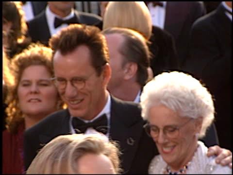 james woods at the 1997 academy awards arrivals at the shrine auditorium in los angeles, california on march 24, 1997. - oscarsgalan 1997 bildbanksvideor och videomaterial från bakom kulisserna