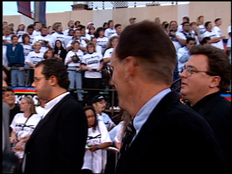 stockvideo's en b-roll-footage met james woods at the 'independence day' premiere on june 25 1996 - 1996