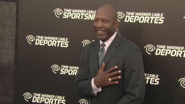 james worthy at time warner sports celebrates launch of time warner cable sportsnet and time warner cable deportes networks on 10/1/2012 in el... - el segundo stock-videos und b-roll-filmmaterial