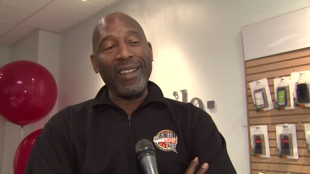 james worthy on nba's relationship with tmobile at the james worthy greets fans at tmobile and gears up for nba allstar 2011 in los angeles at studio... - studio city stock videos & royalty-free footage