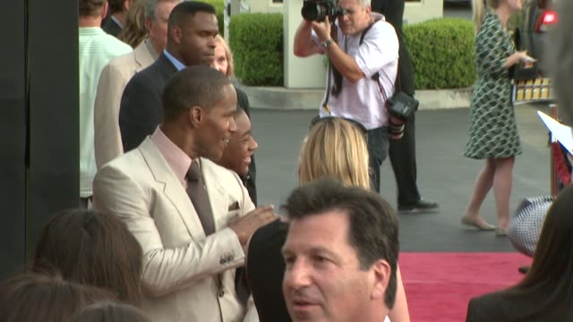 jamie foxx and justin martin at the 'the soloist' premiere at los angeles ca. - soloist stock videos & royalty-free footage